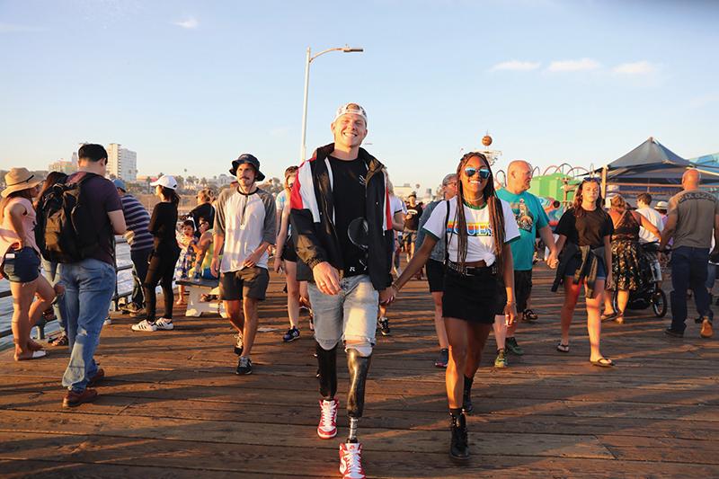 THE COOLEST COUPLE ON YOUTUBE: HUNTER & TARA - Amplitude