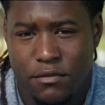 Shaquem Griffin Schools New Grads on Adversity